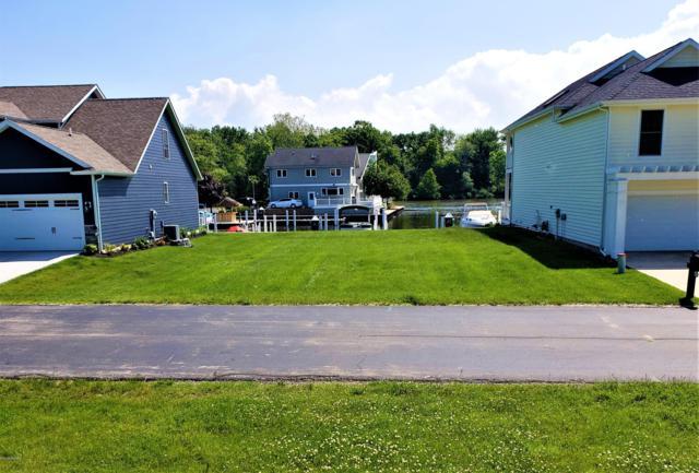 2471 Bay Pointe Drive, St. Joseph, MI 49085 (MLS #19027675) :: JH Realty Partners