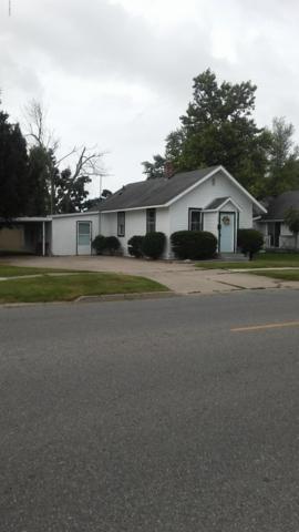 703 E Lafayette Street, Sturgis, MI 49091 (MLS #19027979) :: JH Realty Partners
