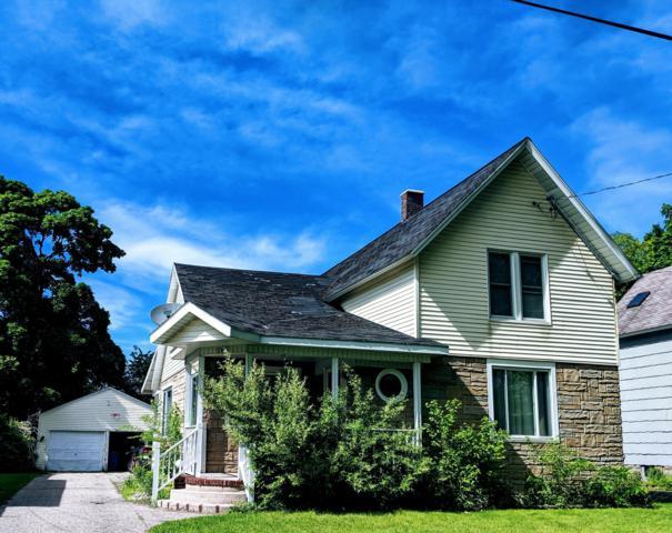 168 Lincoln Street, Manistee, MI 49660 (MLS #19028253) :: Matt Mulder Home Selling Team
