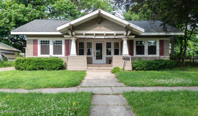 201 N Michigan Avenue, Vicksburg, MI 49097 (MLS #19028311) :: Matt Mulder Home Selling Team