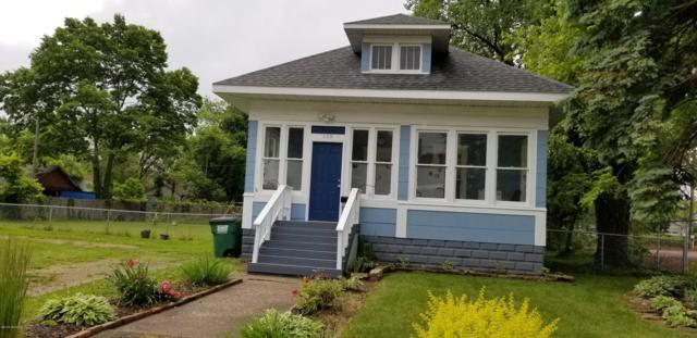 140 W Empire Avenue, Benton Harbor, MI 49022 (MLS #19028401) :: Deb Stevenson Group - Greenridge Realty