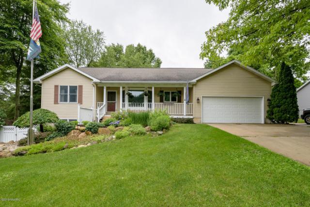 819 Concord Drive, Lawton, MI 49065 (MLS #19028538) :: Matt Mulder Home Selling Team