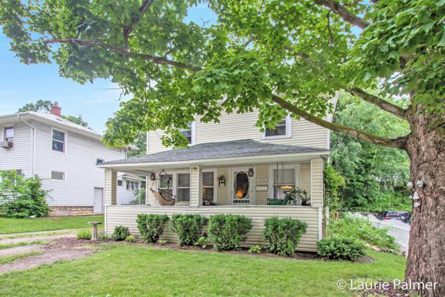 206 E Lincoln Avenue, Ionia, MI 48846 (MLS #19028621) :: CENTURY 21 C. Howard