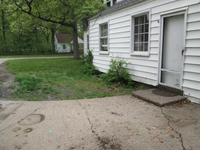1257 Leonard Avenue, Muskegon, MI 49442 (MLS #19028685) :: CENTURY 21 C. Howard