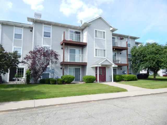 122 Ida Red Avenue NW #106, Sparta, MI 49345 (MLS #19028740) :: Deb Stevenson Group - Greenridge Realty