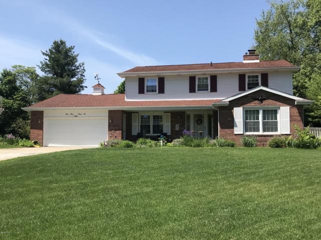 6826 Hickory Point Drive W, Portage, MI 49024 (MLS #19028804) :: Matt Mulder Home Selling Team