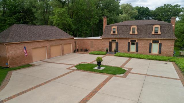 1818 Greenbriar Drive, Portage, MI 49024 (MLS #19028812) :: Matt Mulder Home Selling Team