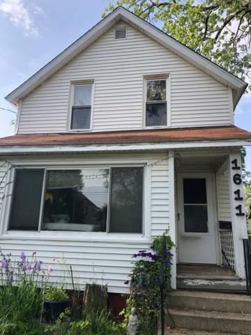 1611 E Alcott Street, Kalamazoo, MI 49001 (MLS #19028828) :: CENTURY 21 C. Howard