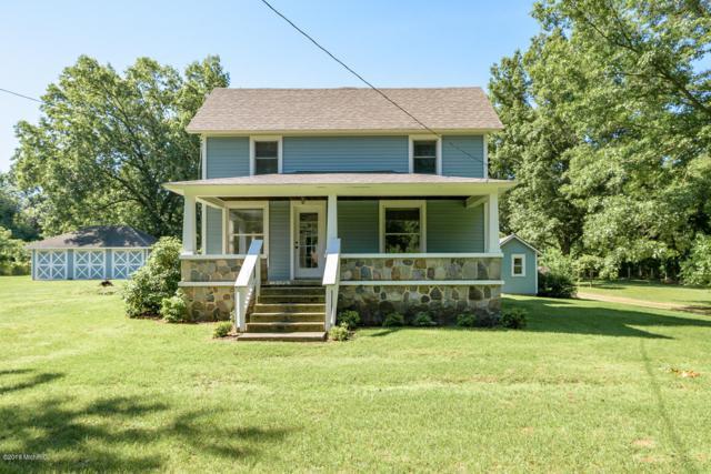 8078 C Drive N, Battle Creek, MI 49014 (MLS #19028922) :: Matt Mulder Home Selling Team