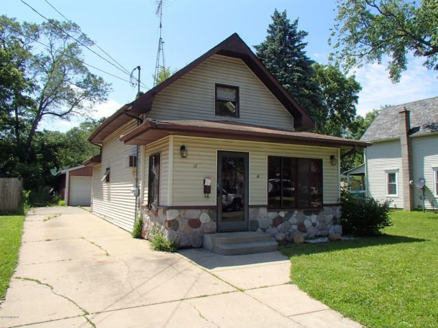 17 Oxford Street, Battle Creek, MI 49017 (MLS #19029246) :: Deb Stevenson Group - Greenridge Realty