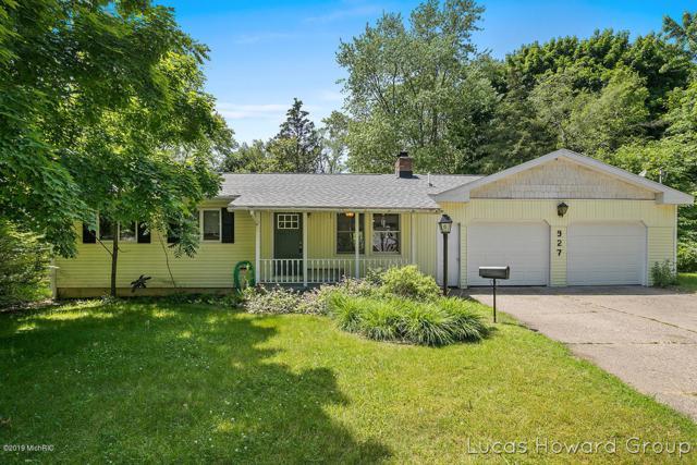 927 S Baldwin Street, Greenville, MI 48838 (MLS #19029357) :: CENTURY 21 C. Howard