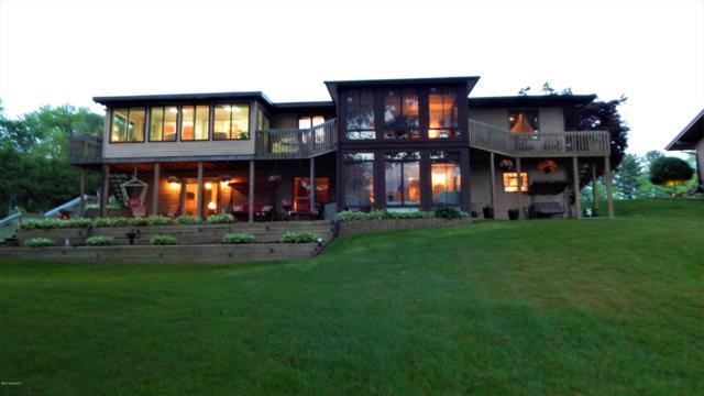 241 Parkshore Drive, Battle Creek, MI 49014 (MLS #19029652) :: Matt Mulder Home Selling Team