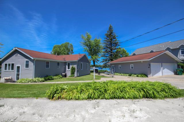 58038 Avery Road, Three Rivers, MI 49093 (MLS #19029979) :: Matt Mulder Home Selling Team