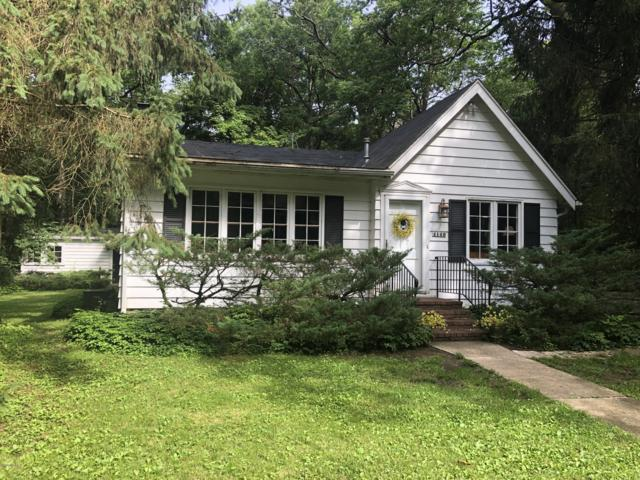 4140 Hillside Trail, New Buffalo, MI 49117 (MLS #19030170) :: CENTURY 21 C. Howard