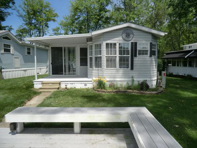 706 Bayside Lane #61, Coldwater, MI 49036 (MLS #19030239) :: Deb Stevenson Group - Greenridge Realty