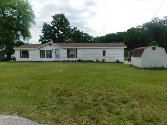 9840 S Clearwater Street, Grant, MI 49327 (MLS #19030720) :: Deb Stevenson Group - Greenridge Realty