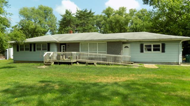 10678 Singer Lake Road, Baroda, MI 49101 (MLS #19031194) :: CENTURY 21 C. Howard