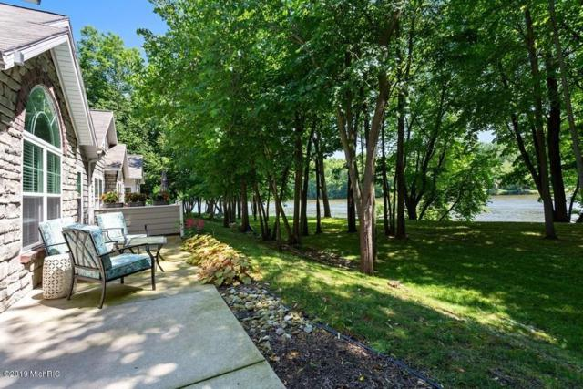 3072 Riverview Lane, Benton Harbor, MI 49022 (MLS #19031223) :: Deb Stevenson Group - Greenridge Realty