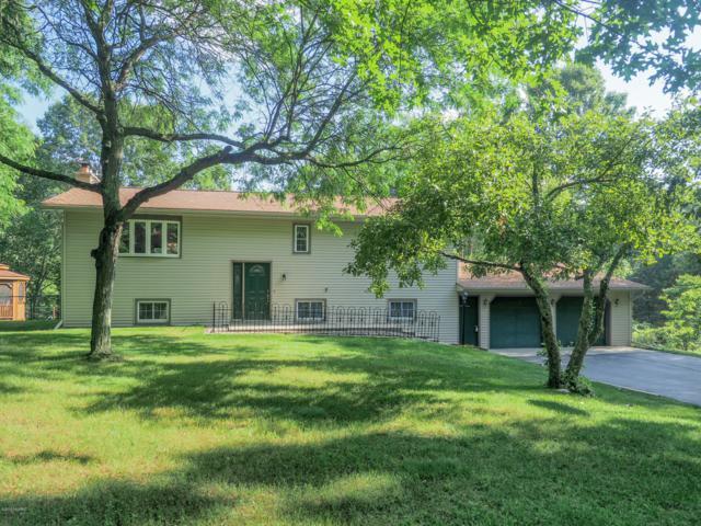 10666 W J Avenue, Kalamazoo, MI 49009 (MLS #19031403) :: Deb Stevenson Group - Greenridge Realty