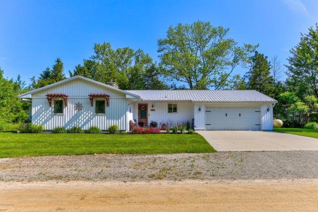 7229 Atlantic Avenue, South Haven, MI 49090 (MLS #19031427) :: Deb Stevenson Group - Greenridge Realty
