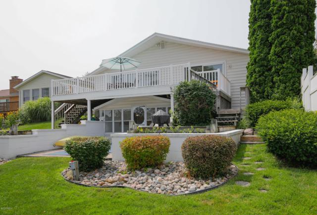 15315 S Barton Lake Drive, Vicksburg, MI 49097 (MLS #19031674) :: Matt Mulder Home Selling Team