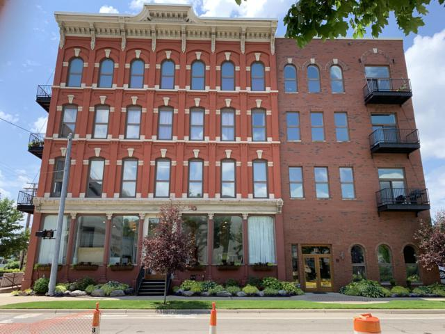 801 Monroe Avenue NW #202, Grand Rapids, MI 49503 (MLS #19031678) :: JH Realty Partners