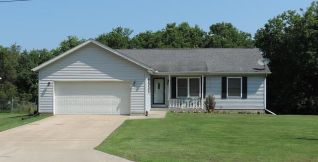 12 N New Moon Terrace, Springfield, MI 49037 (MLS #19031791) :: Matt Mulder Home Selling Team