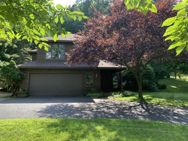 6884 Bridgewater Drive SE, Grand Rapids, MI 49546 (MLS #19032109) :: JH Realty Partners