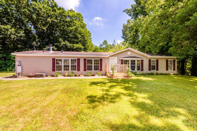 251 Millburg Drive, Benton Harbor, MI 49022 (MLS #19032261) :: Deb Stevenson Group - Greenridge Realty