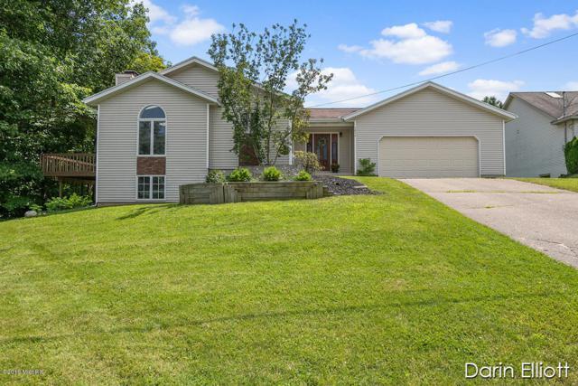 3830 Murray View Drive NE, Lowell, MI 49331 (MLS #19032363) :: JH Realty Partners