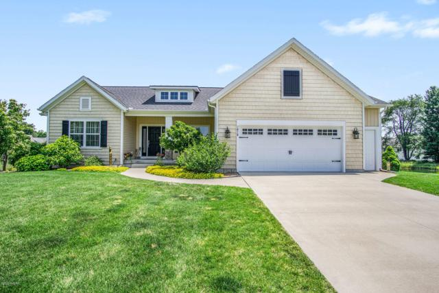 1616 Kelly Ridge Drive, Holland, MI 49424 (MLS #19032368) :: Deb Stevenson Group - Greenridge Realty