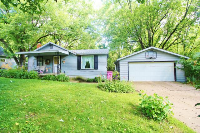 1039 Pine Street, Niles, MI 49120 (MLS #19032396) :: Deb Stevenson Group - Greenridge Realty