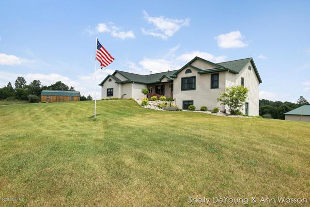 2531 19 Mile Road NE, Cedar Springs, MI 49319 (MLS #19032431) :: Deb Stevenson Group - Greenridge Realty