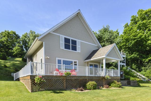 2659 W Selkirk Lake Drive, Shelbyville, MI 49344 (MLS #19032452) :: CENTURY 21 C. Howard