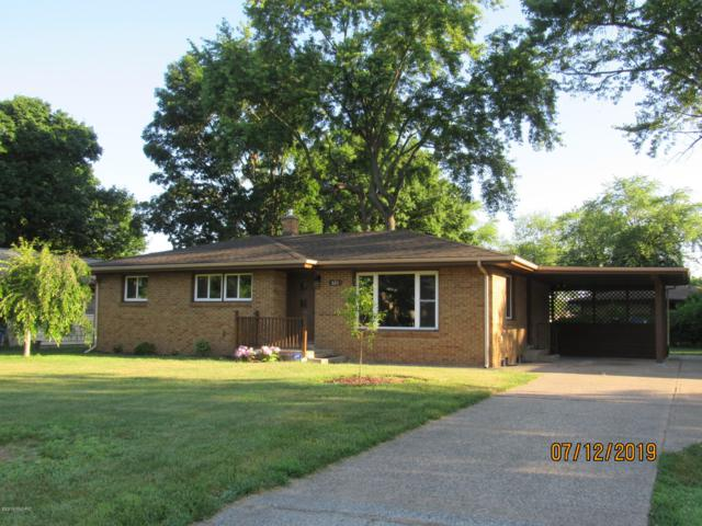 521 Eloise Drive, Benton Harbor, MI 49022 (MLS #19032594) :: Deb Stevenson Group - Greenridge Realty