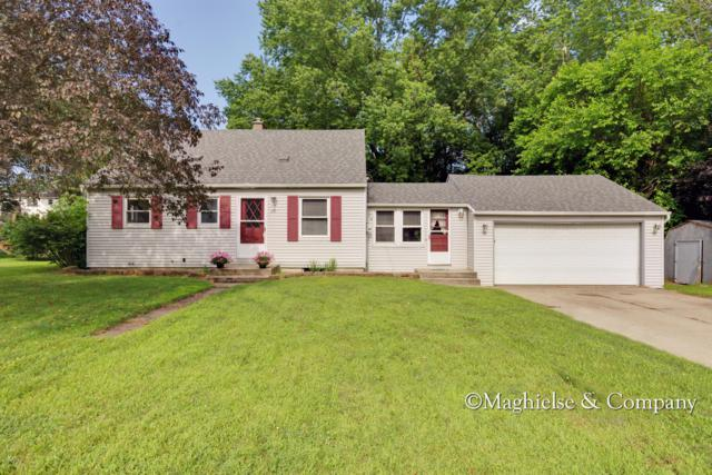 4263 Bell Avenue NE, Grand Rapids, MI 49525 (MLS #19032629) :: JH Realty Partners