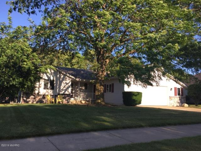 4146 Little Star Court, Grandville, MI 49418 (MLS #19032694) :: JH Realty Partners