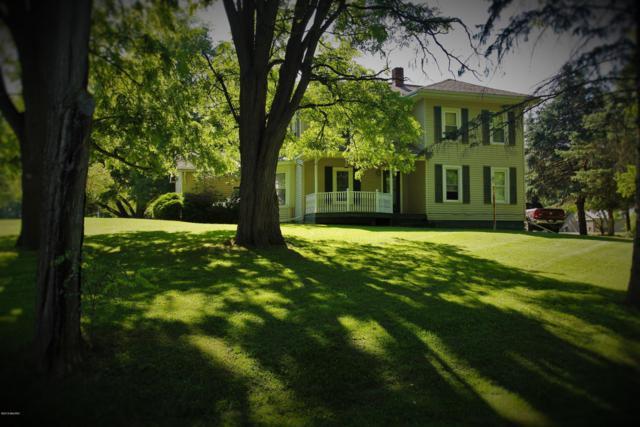 23091 Capital Avenue NE, Battle Creek, MI 49017 (MLS #19032789) :: Matt Mulder Home Selling Team