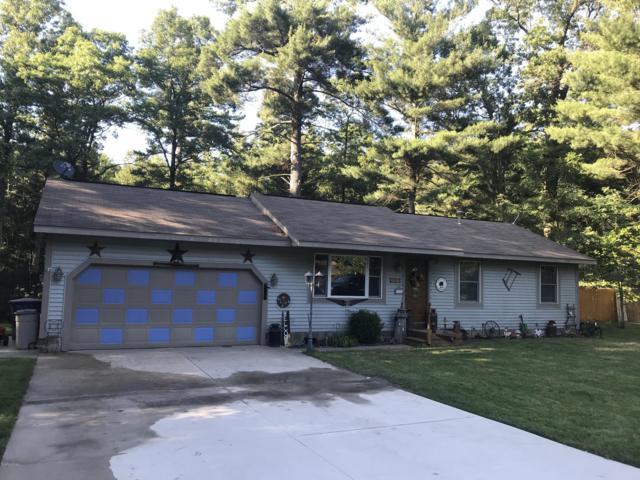 130 E Daniels Road, Twin Lake, MI 49457 (MLS #19032914) :: Deb Stevenson Group - Greenridge Realty