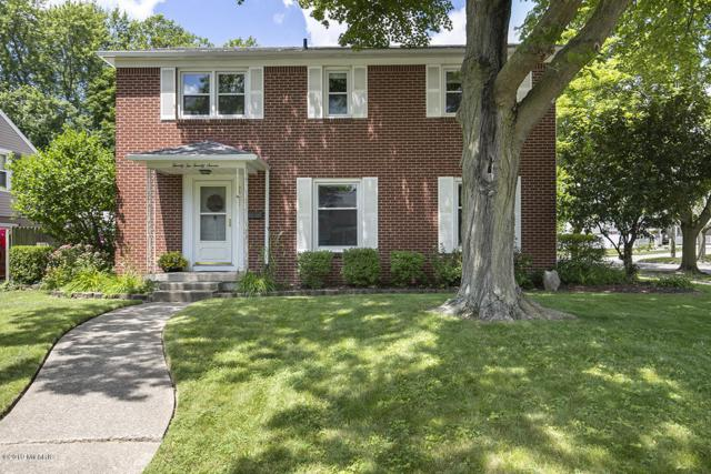 2227 Anderson Drive SE, East Grand Rapids, MI 49506 (MLS #19032915) :: JH Realty Partners