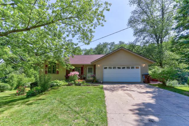 981 Shadybrook Drive, Holland, MI 49424 (MLS #19033117) :: Deb Stevenson Group - Greenridge Realty