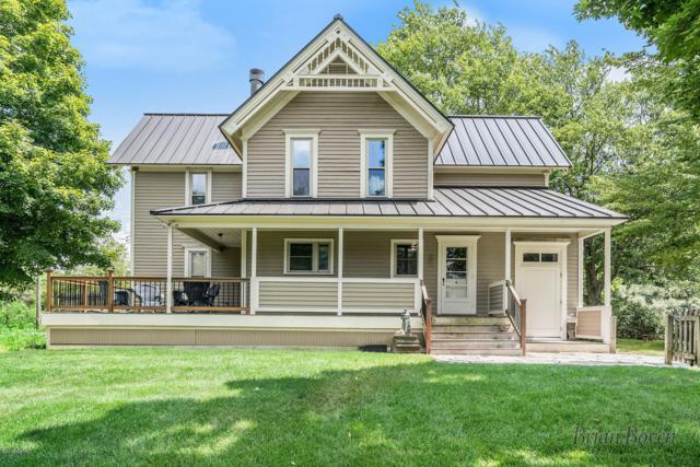 8739 Myers Lake Avenue NE, Rockford, MI 49341 (MLS #19033191) :: JH Realty Partners