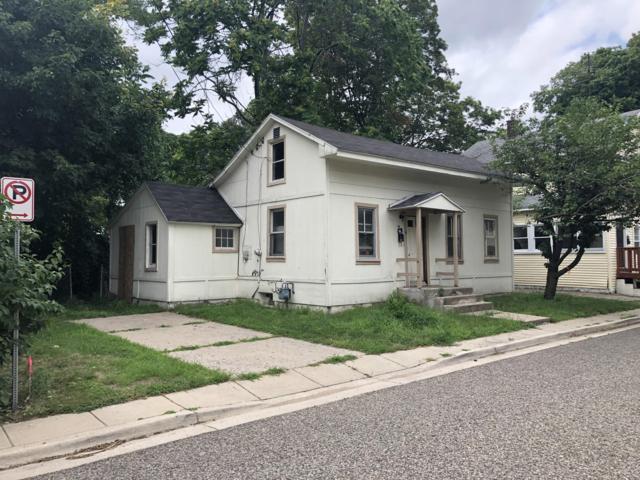 23 Batavia Place NE, Grand Rapids, MI 49503 (MLS #19033214) :: Deb Stevenson Group - Greenridge Realty