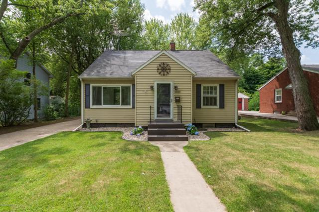 2210 Lakeway Avenue, Kalamazoo, MI 49001 (MLS #19033249) :: CENTURY 21 C. Howard