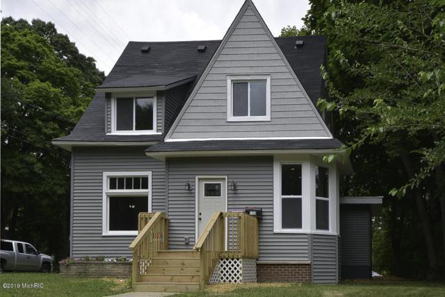 1338 Summit Avenue Avenue, Kalamazoo, MI 49006 (MLS #19033260) :: Deb Stevenson Group - Greenridge Realty