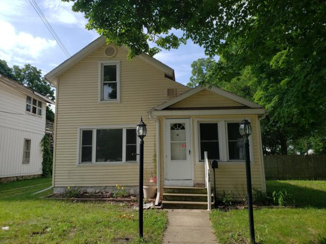 230 Calhoun Street, Battle Creek, MI 49017 (MLS #19033273) :: Deb Stevenson Group - Greenridge Realty