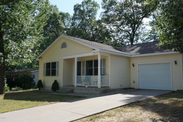 565 Suelane Street, Muskegon, MI 49442 (MLS #19033325) :: Deb Stevenson Group - Greenridge Realty