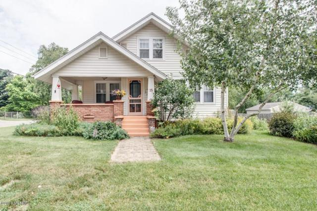 15 Pioneer Street, Battle Creek, MI 49015 (MLS #19033519) :: Deb Stevenson Group - Greenridge Realty