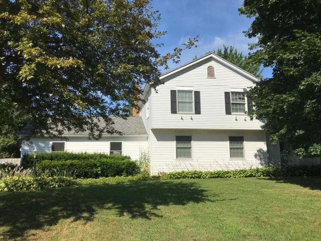 6247 Eagle Ridge Drive, Kalamazoo, MI 49004 (MLS #19033549) :: CENTURY 21 C. Howard