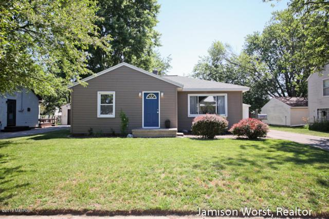 2952 West Avenue SW, Wyoming, MI 49519 (MLS #19033573) :: Deb Stevenson Group - Greenridge Realty